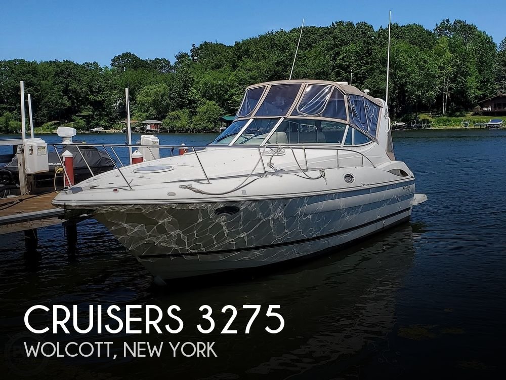 2003 Cruisers Yachts boat for sale, model of the boat is 3275 Express & Image # 1 of 40