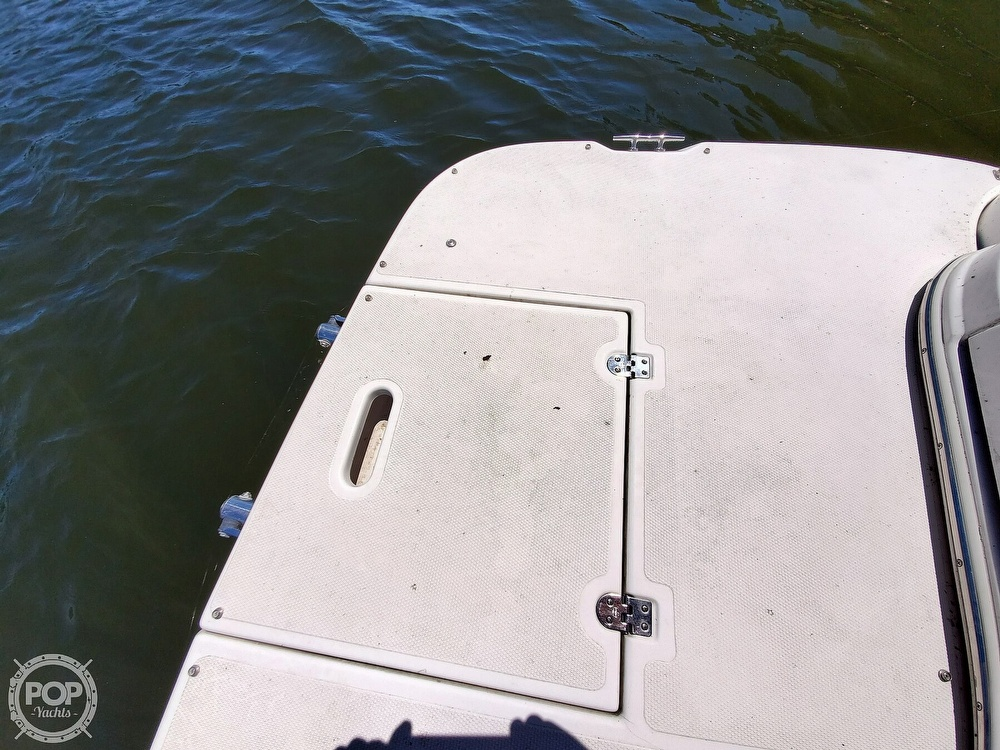2003 Cruisers Yachts boat for sale, model of the boat is 3275 Express & Image # 9 of 40