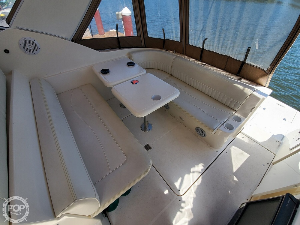 2003 Cruisers Yachts boat for sale, model of the boat is 3275 Express & Image # 11 of 40