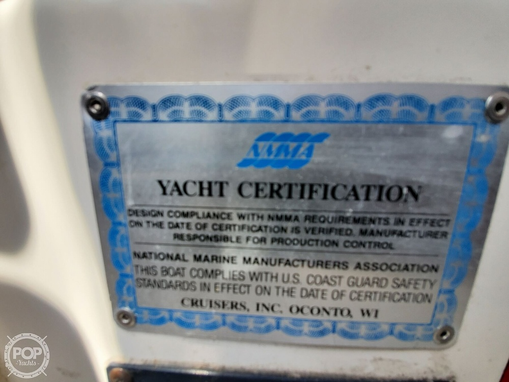 2003 Cruisers Yachts boat for sale, model of the boat is 3275 Express & Image # 25 of 40