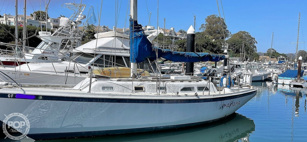 1976 Ericson Yachts boat for sale, model of the boat is 35 & Image # 7 of 8