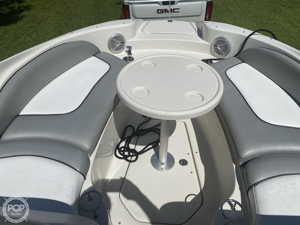 2006 Sea Ray boat for sale, model of the boat is 270 Sundeck & Image # 7 of 40