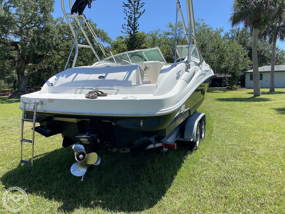 2006 Sea Ray boat for sale, model of the boat is 270 Sundeck & Image # 15 of 40