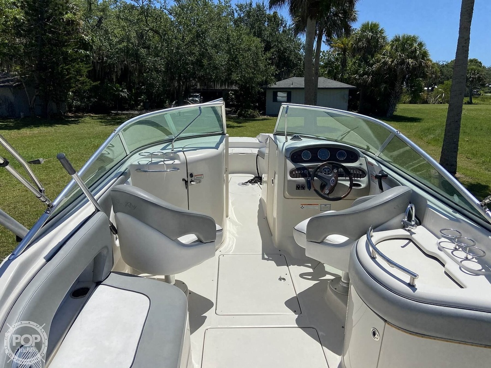 2006 Sea Ray boat for sale, model of the boat is 270 Sundeck & Image # 28 of 40