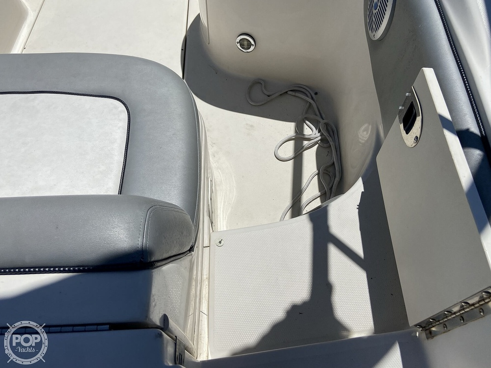 2006 Sea Ray boat for sale, model of the boat is 270 Sundeck & Image # 29 of 40