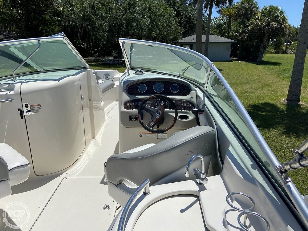 2006 Sea Ray boat for sale, model of the boat is 270 Sundeck & Image # 30 of 40