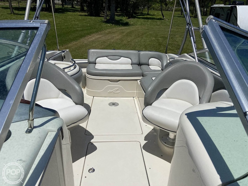2006 Sea Ray boat for sale, model of the boat is 270 Sundeck & Image # 8 of 40
