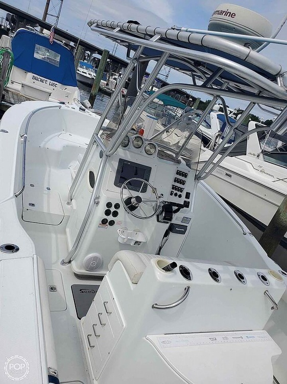 2005 Polar boat for sale, model of the boat is 2700 CC & Image # 4 of 40
