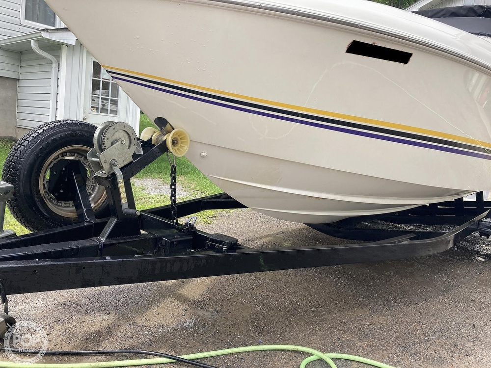 2000 Wellcraft boat for sale, model of the boat is Excalibur 23 Sport & Image # 18 of 40