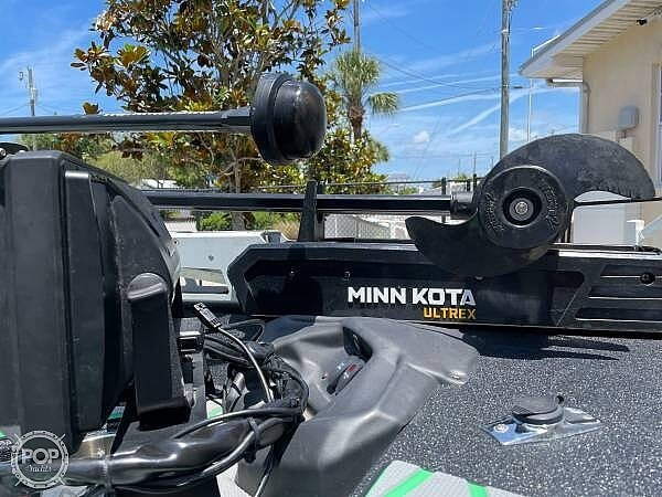 2019 Xpress boat for sale, model of the boat is x21 Pro & Image # 5 of 16
