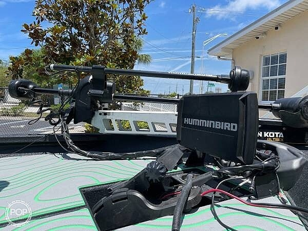 2019 Xpress boat for sale, model of the boat is x21 Pro & Image # 6 of 16