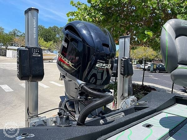 2019 Xpress boat for sale, model of the boat is x21 Pro & Image # 10 of 16