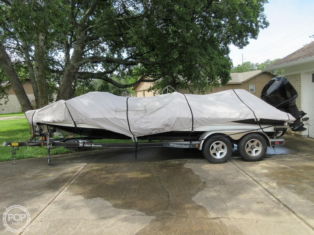 2003 Triton boat for sale, model of the boat is Tr-21 & Image # 25 of 40