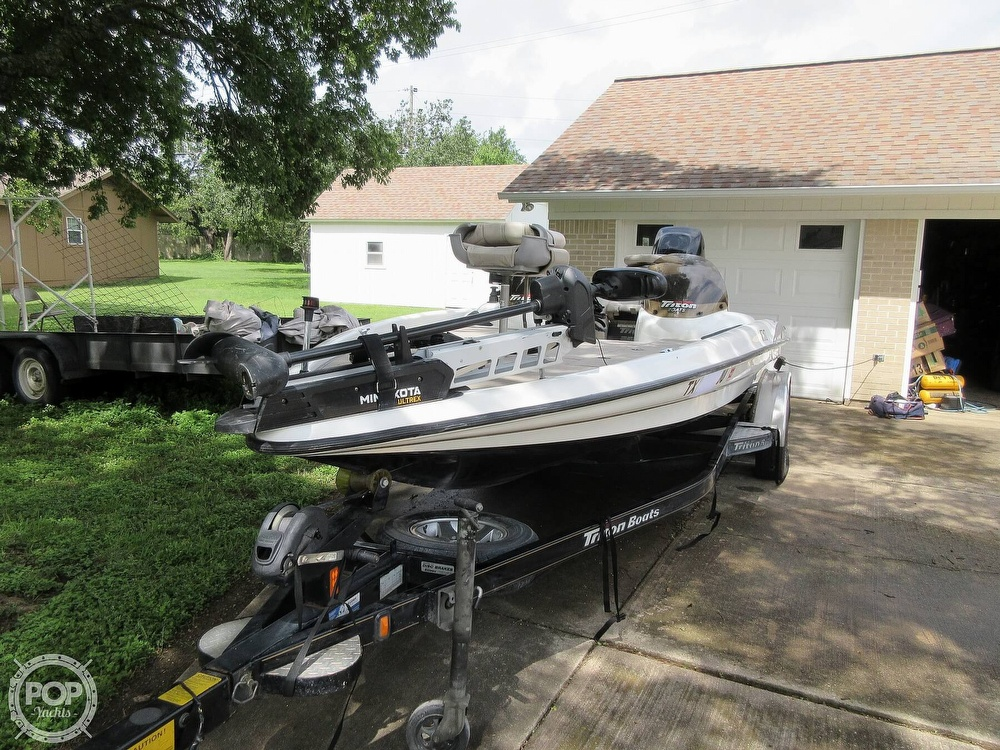 2003 Triton boat for sale, model of the boat is Tr-21 & Image # 34 of 40