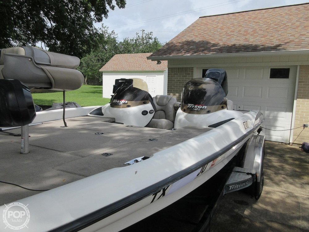 2003 Triton boat for sale, model of the boat is Tr-21 & Image # 35 of 40
