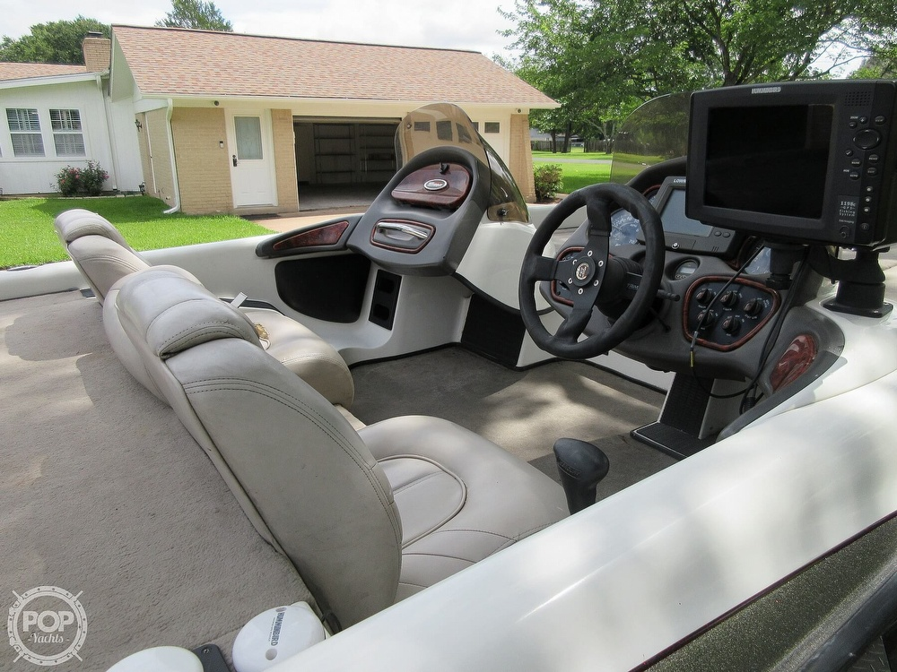 2003 Triton boat for sale, model of the boat is Tr-21 & Image # 14 of 40