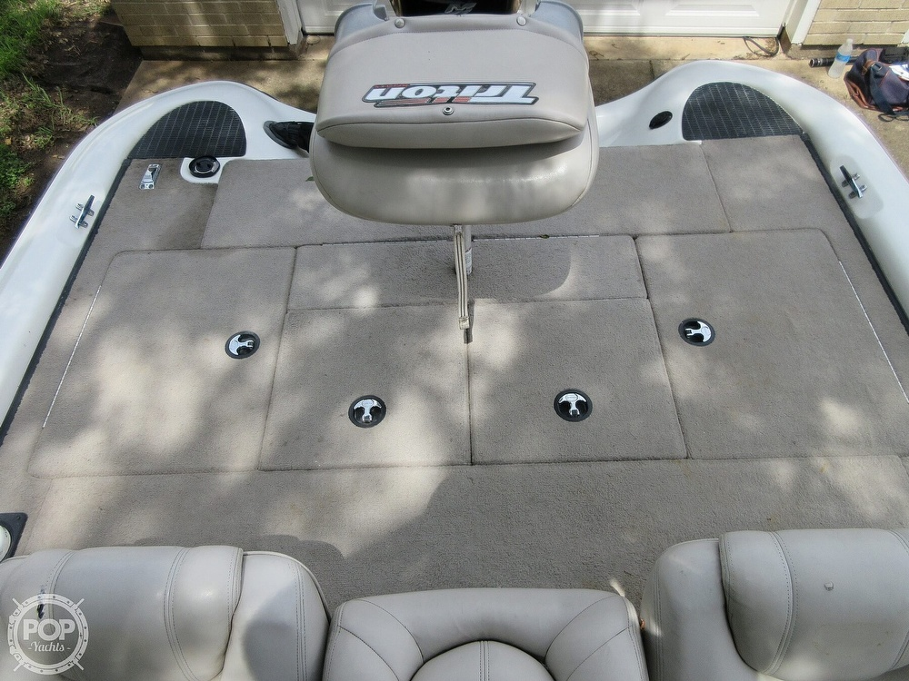2003 Triton boat for sale, model of the boat is Tr-21 & Image # 5 of 40