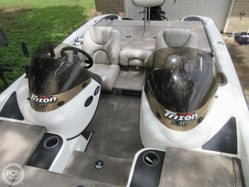 2003 Triton boat for sale, model of the boat is Tr-21 & Image # 3 of 40