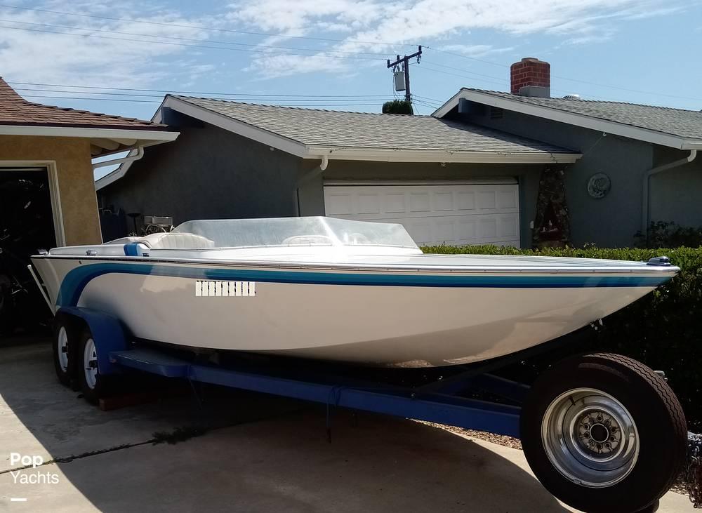 1976 Bob Warren Hurricane boat for sale, model of the boat is 24 & Image # 13 of 40