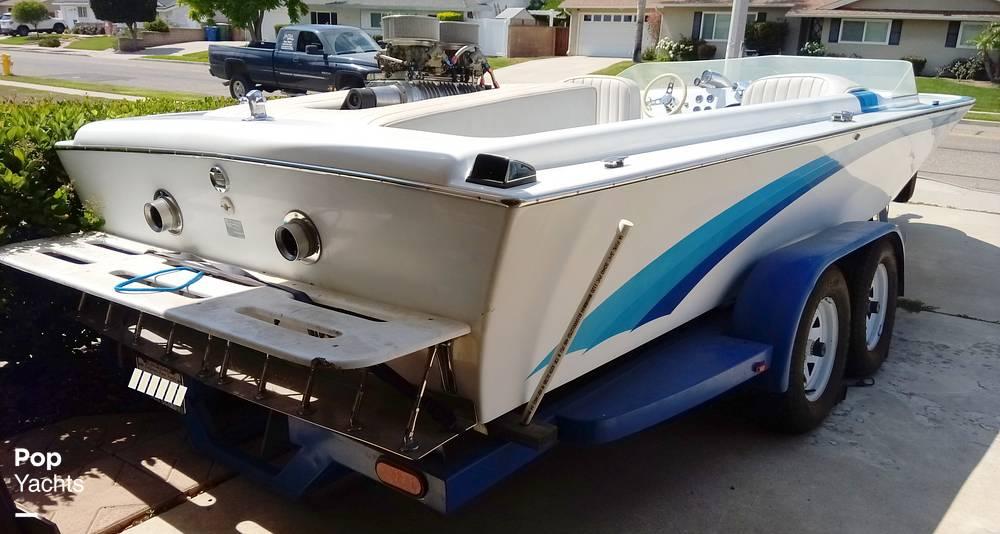 1976 Bob Warren Hurricane boat for sale, model of the boat is 24 & Image # 18 of 40