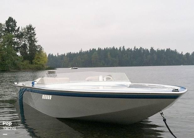 1976 Bob Warren Hurricane boat for sale, model of the boat is 24 & Image # 9 of 40