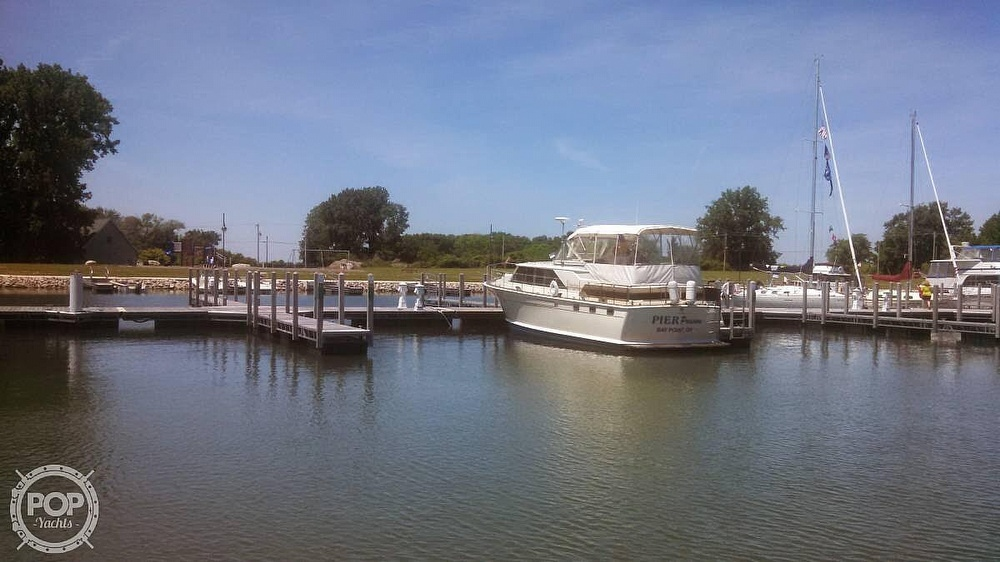 1971 Chris Craft boat for sale, model of the boat is Commander & Image # 8 of 18