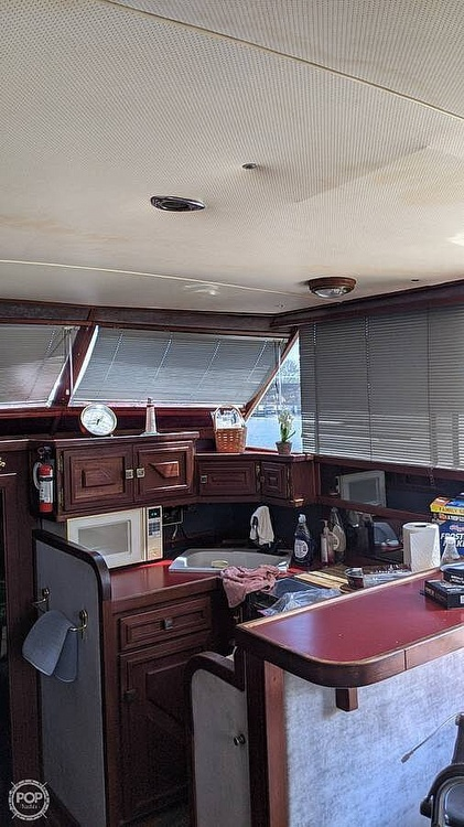 1971 Chris Craft boat for sale, model of the boat is Commander & Image # 12 of 18