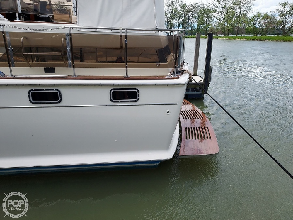 1971 Chris Craft boat for sale, model of the boat is Commander 42 & Image # 9 of 40