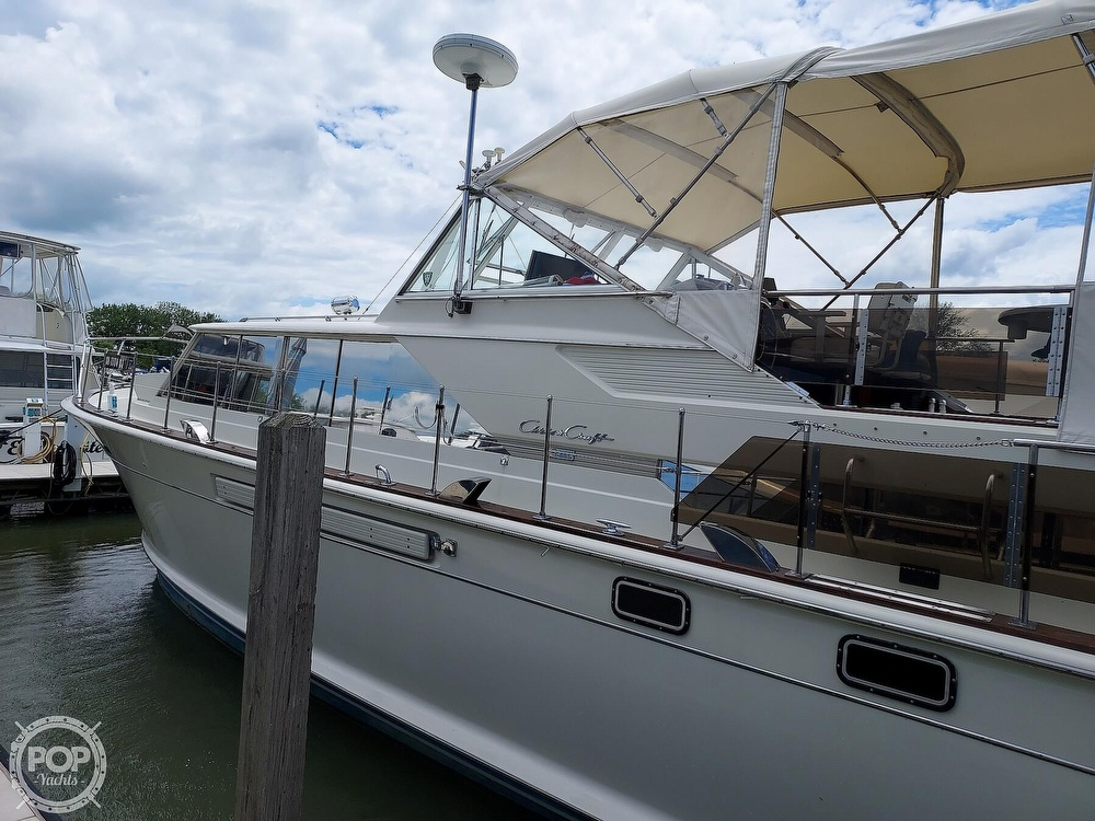 1971 Chris Craft boat for sale, model of the boat is Commander 42 & Image # 20 of 40