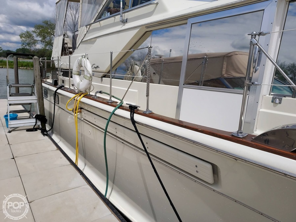 1971 Chris Craft boat for sale, model of the boat is Commander 42 & Image # 24 of 40
