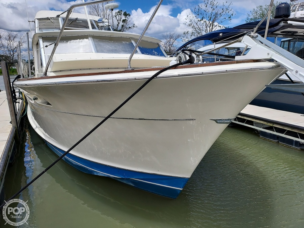 1971 Chris Craft boat for sale, model of the boat is Commander 42 & Image # 8 of 40