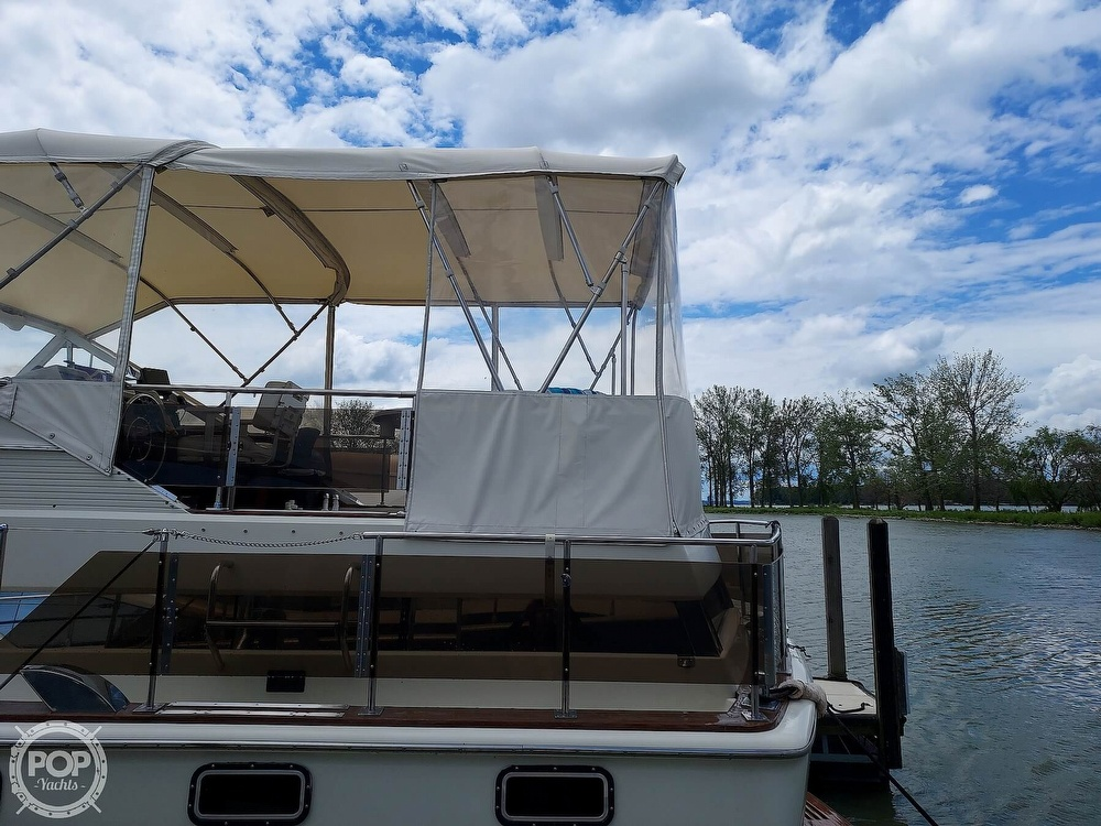 1971 Chris Craft boat for sale, model of the boat is Commander 42 & Image # 35 of 40