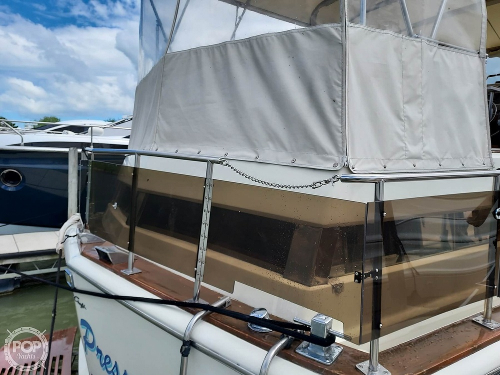 1971 Chris Craft boat for sale, model of the boat is Commander 42 & Image # 37 of 40