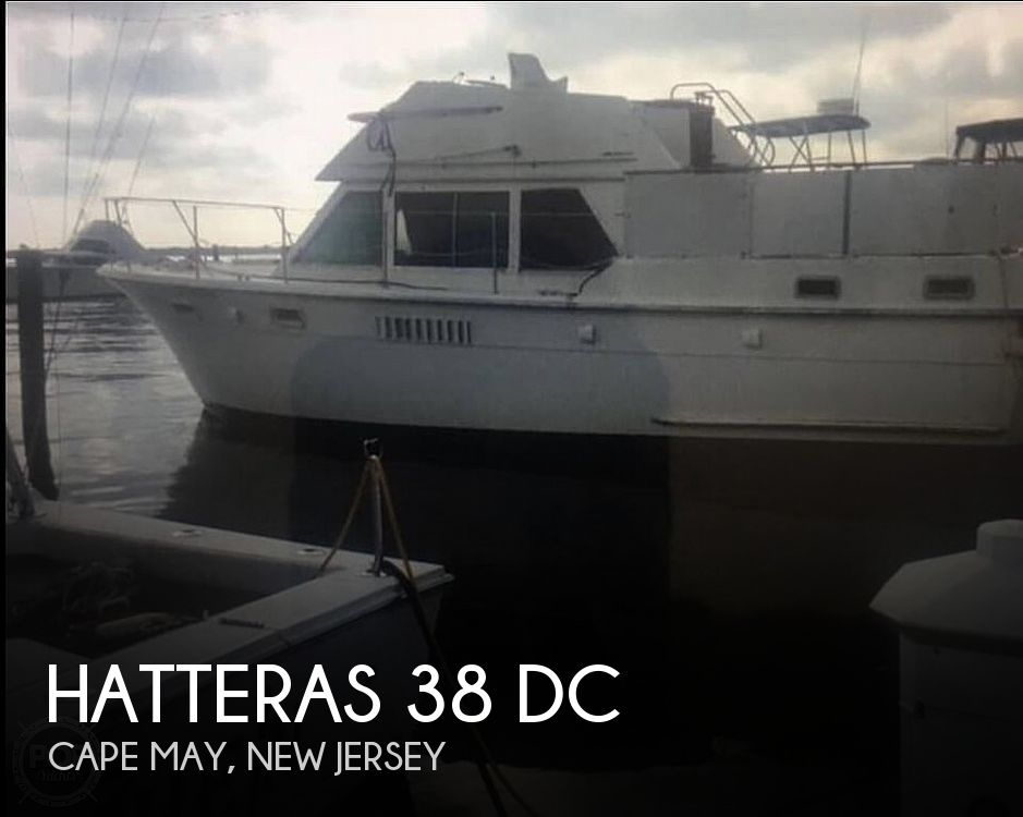 1974 Hatteras boat for sale, model of the boat is 38 DC & Image # 1 of 40