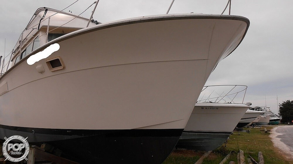 1974 Hatteras boat for sale, model of the boat is 38 DC & Image # 5 of 40