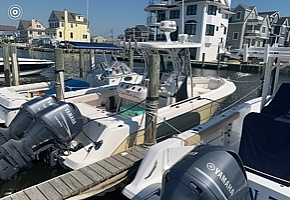 2006 Robalo boat for sale, model of the boat is R260 & Image # 2 of 36