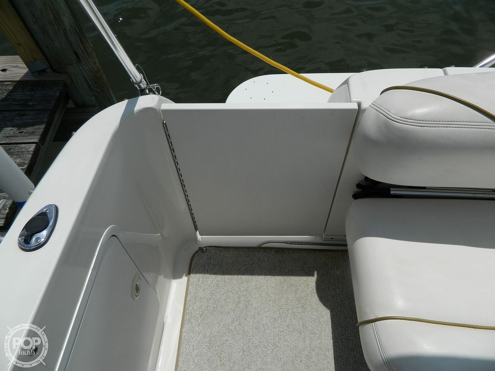 2001 Sea Ray boat for sale, model of the boat is 260 Sundancer & Image # 14 of 40