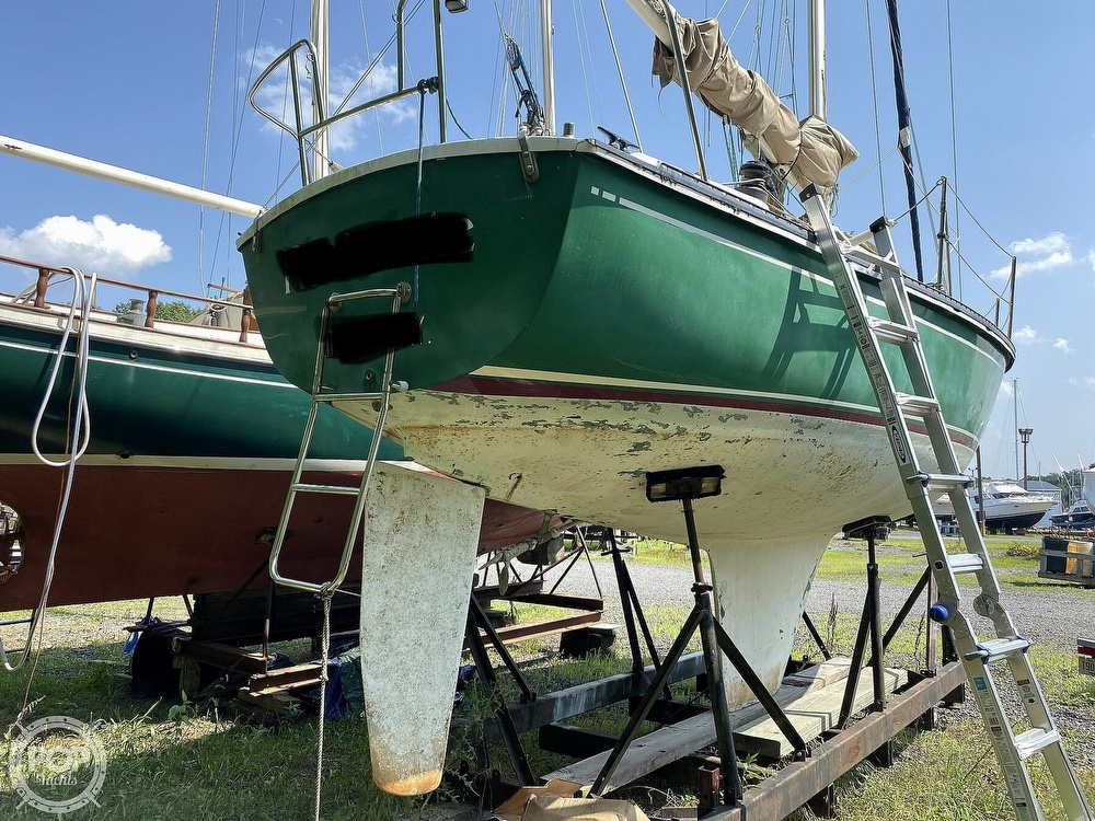 1987 Capital Yachts boat for sale, model of the boat is Newport 28 & Image # 3 of 40
