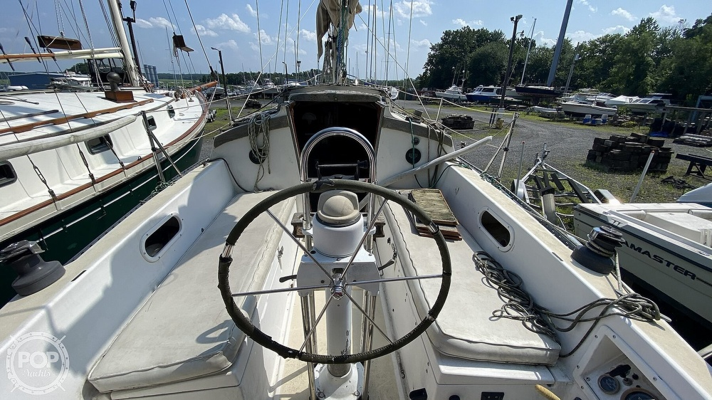 1987 Capital Yachts boat for sale, model of the boat is Newport 28 & Image # 10 of 40