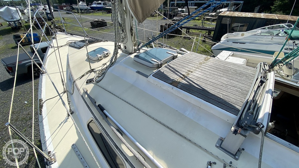 1987 Capital Yachts boat for sale, model of the boat is Newport 28 & Image # 30 of 40