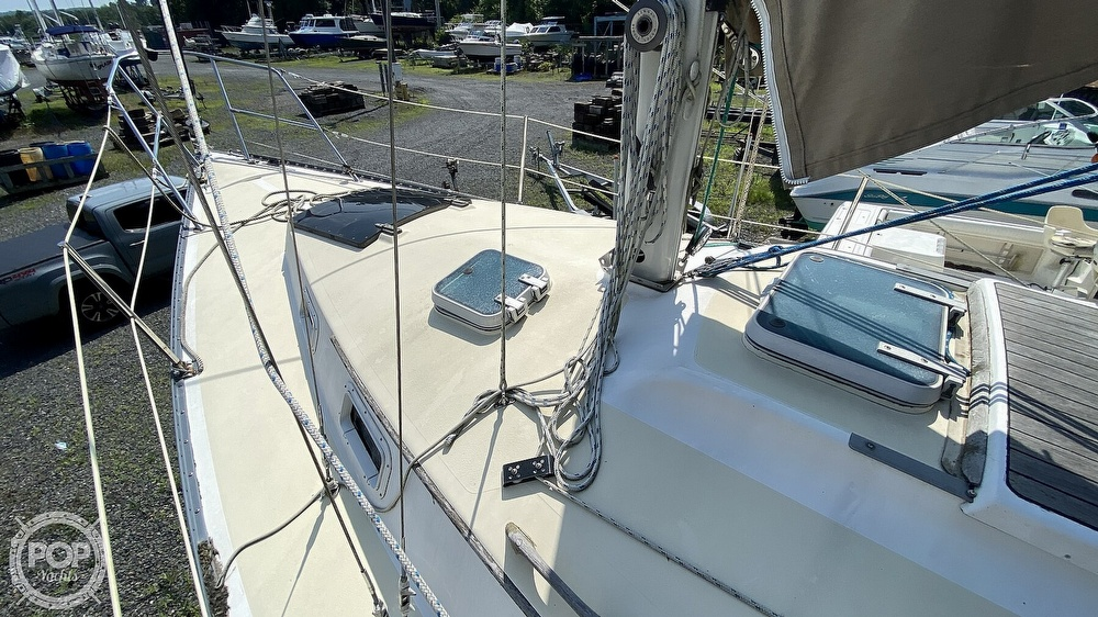 1987 Capital Yachts boat for sale, model of the boat is Newport 28 & Image # 31 of 40