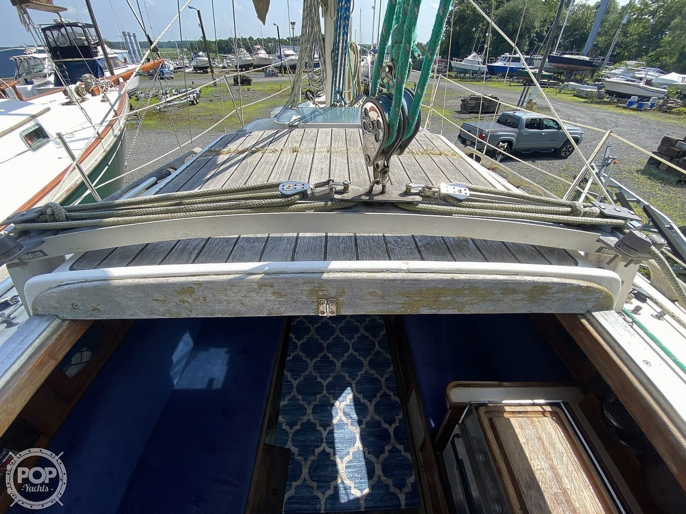 1987 Capital Yachts boat for sale, model of the boat is Newport 28 & Image # 34 of 40