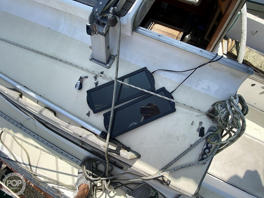 1987 Capital Yachts boat for sale, model of the boat is Newport 28 & Image # 36 of 40