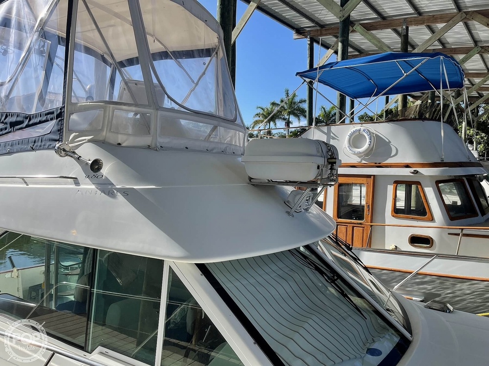 2005 Beneteau boat for sale, model of the boat is Antares 9.8 & Image # 5 of 40