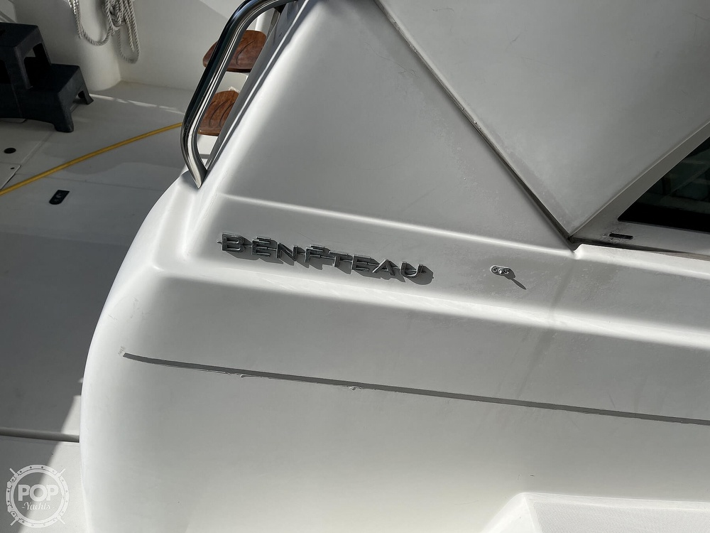 2005 Beneteau boat for sale, model of the boat is Antares 9.8 & Image # 11 of 40