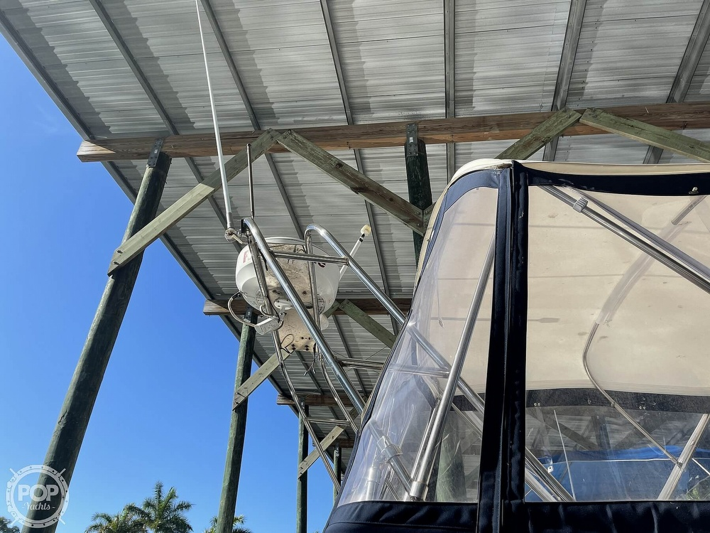 2005 Beneteau boat for sale, model of the boat is Antares 9.8 & Image # 16 of 40