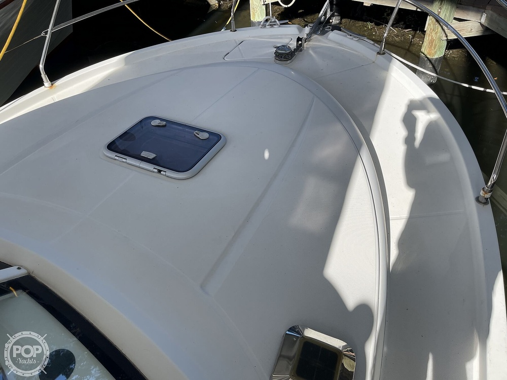 2005 Beneteau boat for sale, model of the boat is Antares 9.8 & Image # 18 of 40