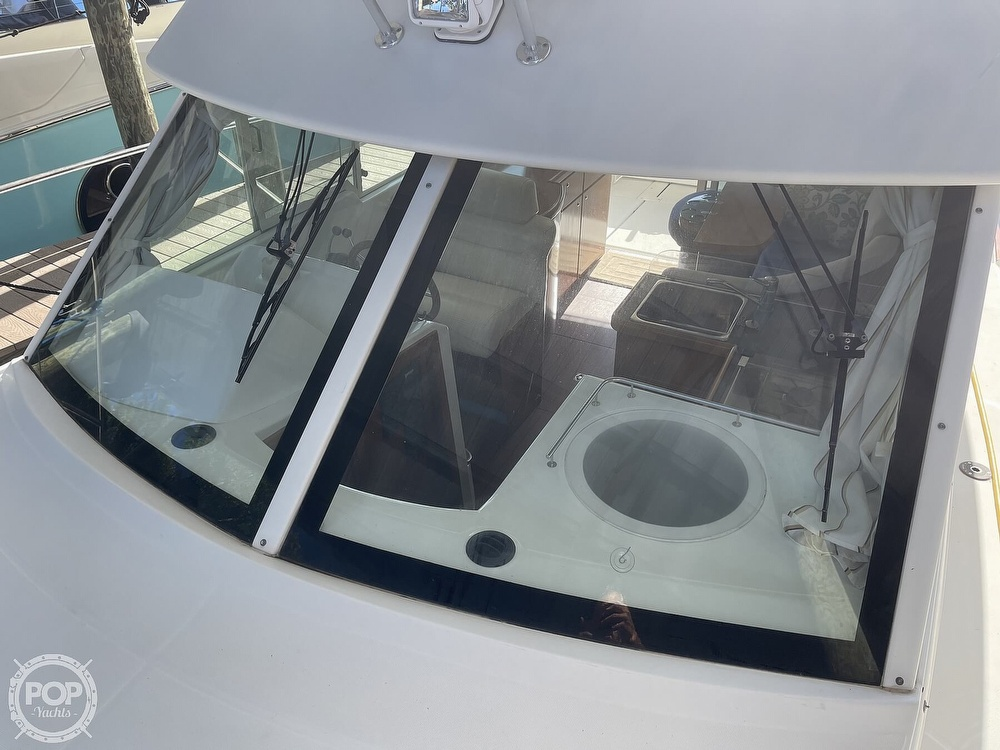 2005 Beneteau boat for sale, model of the boat is Antares 9.8 & Image # 21 of 40