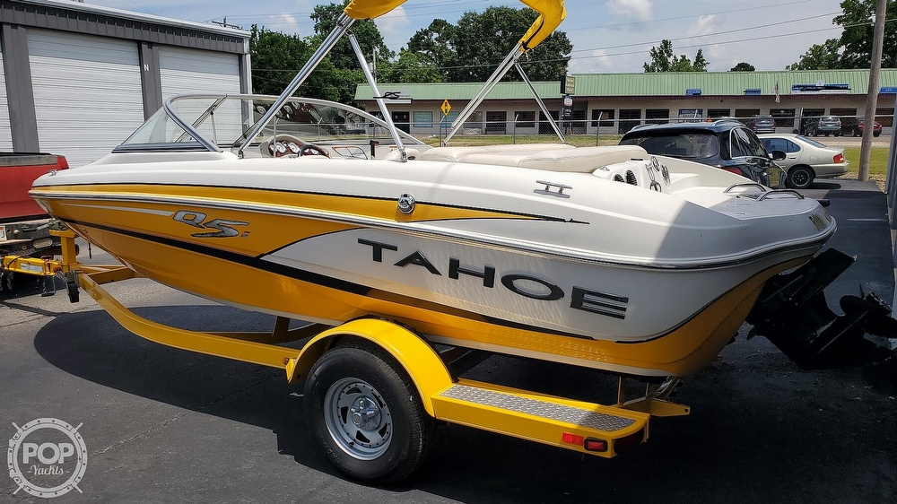 2013 Tahoe boat for sale, model of the boat is Q5i & Image # 2 of 40