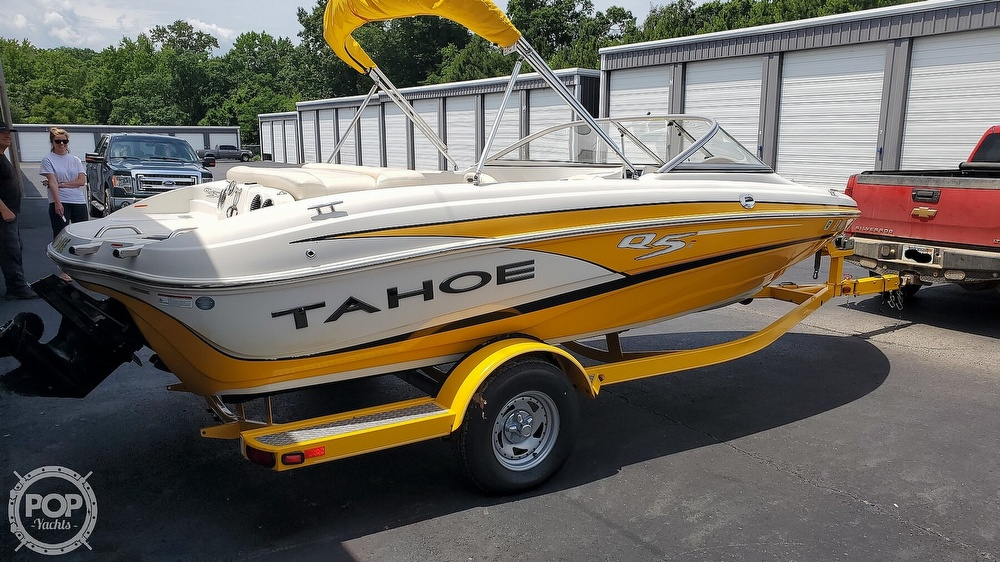 2013 Tahoe boat for sale, model of the boat is Q5i & Image # 5 of 40